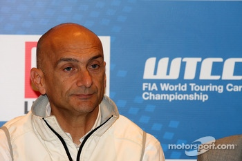 Press conference, Gabriele Tarquini, Honda Civic, Honda Racing Team J.A.S.
