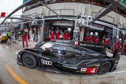 #4 Audi Sport Team Joest Audi R18 e-tron quattro: Marco Bonanomi