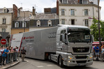 audi-transponder-carrying-precious-cargo-arriving-at-scrutineering