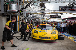 Pit stop practice for #73 Corvette Racing Corvette C6.R