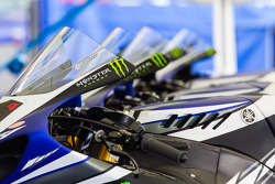 Monster Energy Graves Yamaha