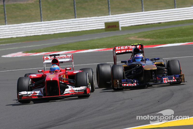 Fernando Alonso, Scuderia Ferrari dn Daniel Ricciardo, Scuderia Toro Rosso