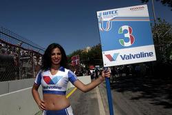 Gridgirl of Gabriele Tarquini, Castrol Honda World Touring Car Team Honda Civic