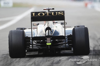 Kimi Raikkonen, Lotus F1 E21 rear diffuser and rear wing
