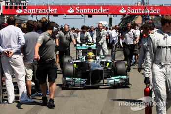 Lewis Hamilton, Mercedes AMG F1 W04 on the grid