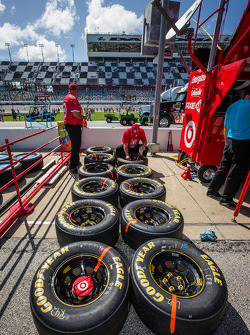 Crew member for Juan Pablo Montoya, Earnhardt Ganassi Racing Chevrolet prepares wheels and tires