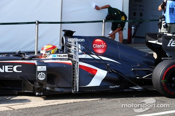 Robin Frijns, Sauber C32 Test and Reserve Driver running sensor equipment