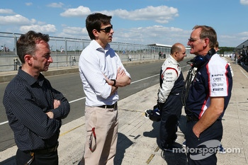 (L to R): Paddy Lowe, Mercedes AMG F1 Executive Director, with Toto Wolff, Mercedes AMG F1 Shareholder and Executive Director and Dickie Standford, Williams Team Manager