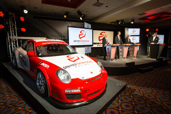 American Le Mans Series President and CEO Scott Atherton, GRAND-AM President and CEO Ed Bennett, SME Branding Ed O'Hara