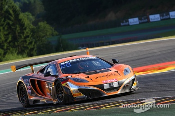 #77 MRS GT Racing McLaren MP4-12C: Carlos Kray, Justino Azcarate