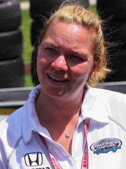 INDYCAR: Sarah Fisher