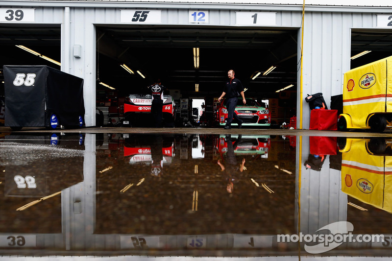 Rain in the garage area