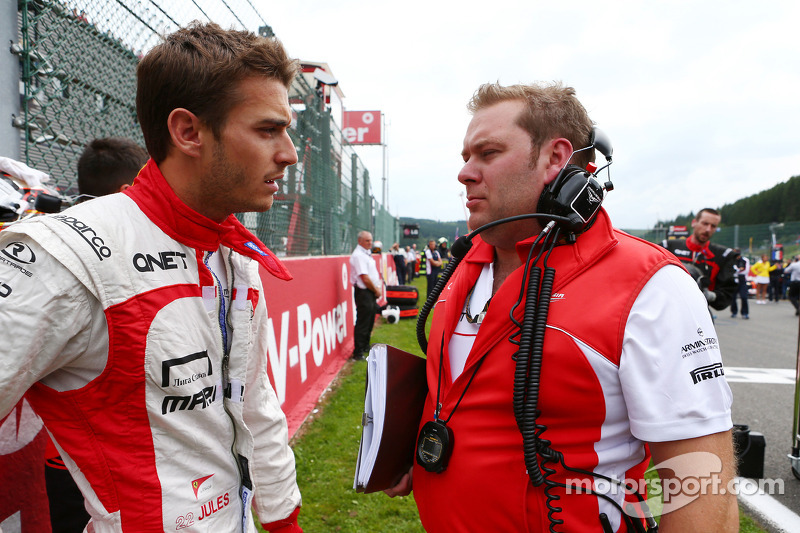 Jules Bianchi, Marussia F1 Team with Dave Greenwood, Marussia F1 Team Race Engineer on the grid