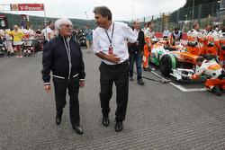 Bernie Ecclestone, CEO Formula One Group, and Pasquale Lattuneddu, of the FOM on the grid