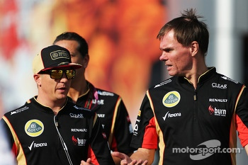 Kimi Raikkonen, Lotus F1 Team with Alan Permane, Lotus F1 Team Trackside Operations Director