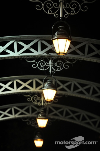 Lights on Anderson bridge