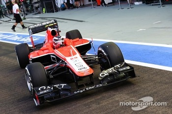 Max Chilton, Marussia F1 Team MR02 leaves the pits