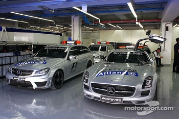 FIA Medical and Safety Cars