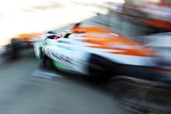 James Calado, Sahara Force India VJM06 Test Driver leaves the pits