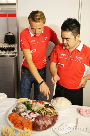Max Chilton, Marussia F1 Team at a team sushi event