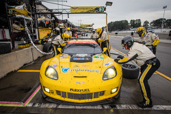 Pit stop for #3 Corvette Racing Chevrolet Corvette C6 ZR1: Jan Magnussen, Antonio Garcia, Jordan Taylor