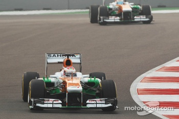 Paul di Resta, Sahara Force India VJM06 leads team mate Adrian Sutil, Sahara Force India VJM06