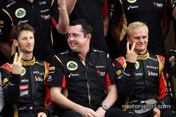 (L to R): Romain Grosjean, Lotus F1 Team with Eric Boullier, Lotus F1 Team Principal and Heikki Kovalainen, Lotus F1 Team at a team photograph