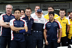 Valtteri Bottas, Williams in a team photograph