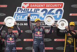 Podium: race winner Craig Lowndes, second place Jamie Whincup, third place Shane van Gisbergen