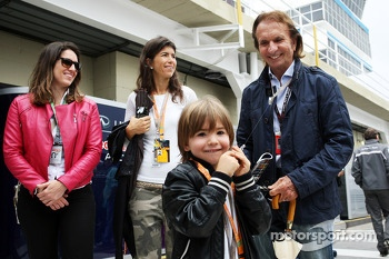 Emerson Fittipaldi, and family