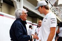 F1 Fotos - Bernie Ecclestone con Nico Rosberg, Mercedes AMG F1