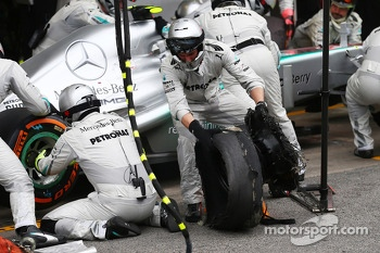 Lewis Hamilton, Mercedes AMG F1 stops for a pit stop after clashing with Pastor Maldonado, Williams FW35