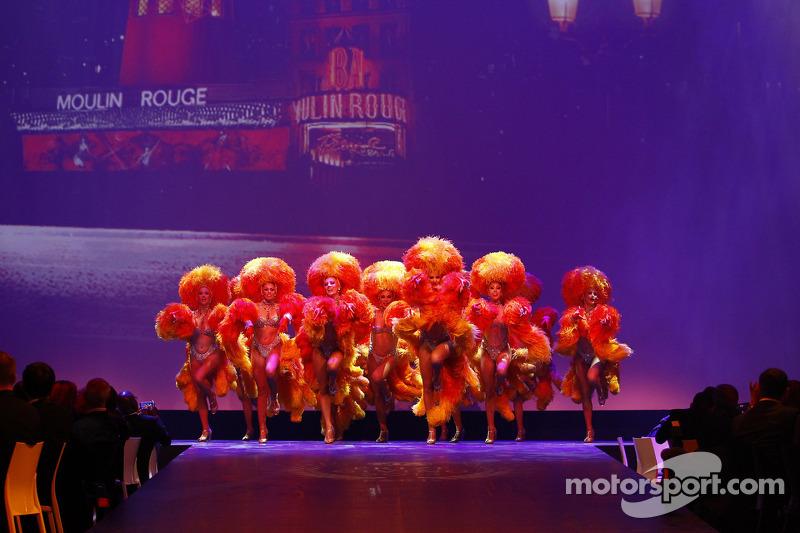 Moulin Rouge girls