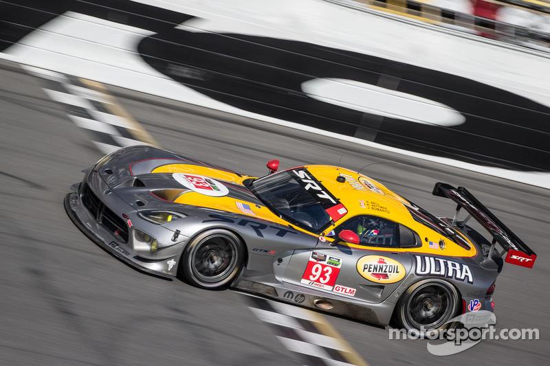 #93 SRT Motorsports SRT Viper GTS-R: Jonathan Bomarito, Kuno Wittmer, Rob Bell
