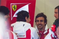 Fernando Alonso, Ferrari with Pedro De La Rosa, Ferrari Development Driver
