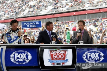 Michael Waltrip, Michael and Darrell Waltrip at FOX TV