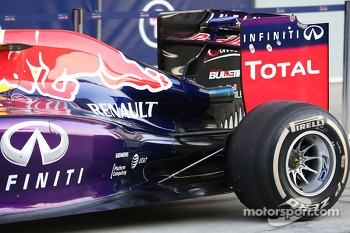 Red Bull Racing RB10 rear suspension and engine cover detail