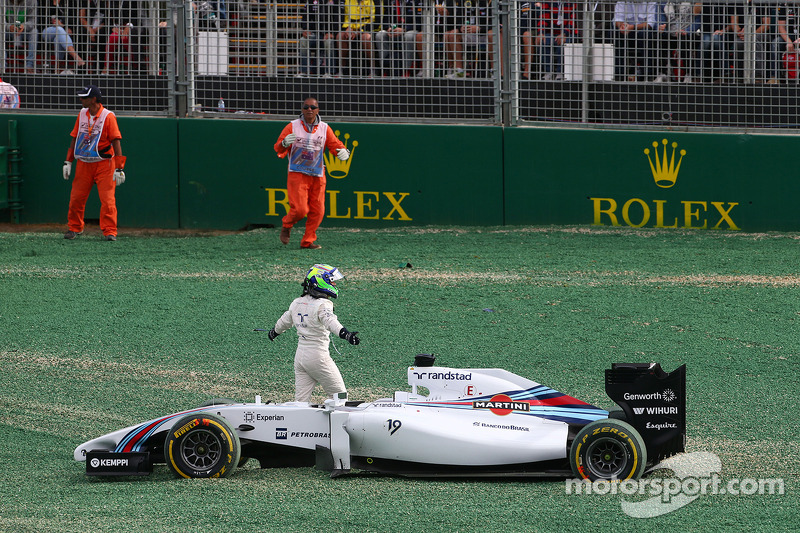 Felipe Massa, Williams FW36 crashed out at the start of the race