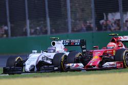 Valtteri Bottas, Williams F1 Team and Kimi Raikkonen, Scuderia Ferrari  16