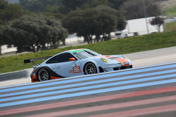 #86 Gulf Racing UK Porsche 911 GT3 RSR: Michael Wainwright, Adam Carroll, Ryan Cullen