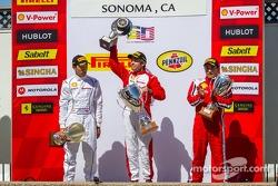 Trofeo Pirelli Podium: Mark McKenzie, Harry Cheung, Ricardo Perez