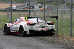 #20 Team Sofrev ASP Ferrari 458 Italia: Jean-Luc Beaubelique, Ludovic Badey in trouble