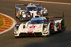#3 Audi Sport Team Joest Audi R18 e-tron quattro: Marco Bonanomi, Filipe Albuquerque