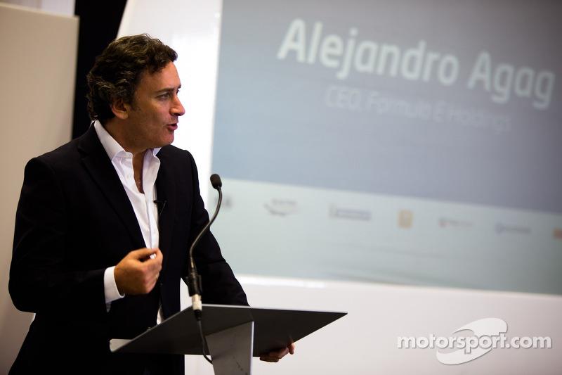Alejandro Agag, Geschäftsführer, bei der Einweihung des Formel-E-Hauptquartiers