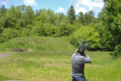 Skeet Shooting with Gary Paffett, EURONICS Mercedes AMG,  Portrait