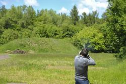 Skeet Shooting with Gary Paffett, EURONICS Mercedes AMG,  Portrait