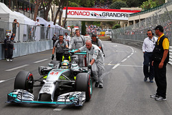 Lewis Hamilton, Mercedes AMG F1 W05 on the grid