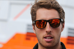 Daniel Juncadella, Sahara Force India F1 Team Test and Reserve Dr. Vijay Malyaiver with the media