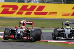 Pastor Maldonado, Lotus F1 E21 is launched into the air after colliding with Esteban Gutierrez, Sauber C33