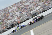Casey Mears, Germain Racing Ford and Denny Hamlin, Joe Gibbs Racing Toyota